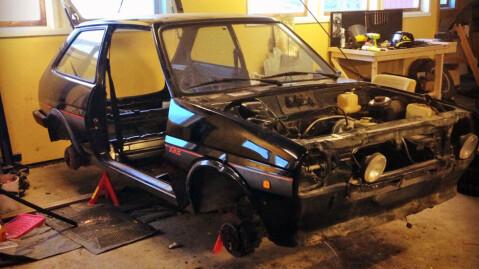 Det har vært mye jobb med bilen, selv om den var et urørt utgangspunkt. Foto: Privat