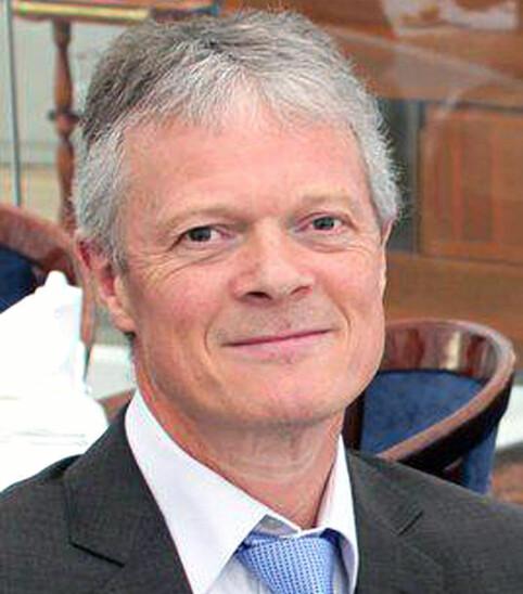 FORSØKT SVINDLET: Andreas Myge (60) tenkte først at meldingen kunne være fra en kollega, men lot seg ikke lure av SMS-svindlerne. FOTO: Privat