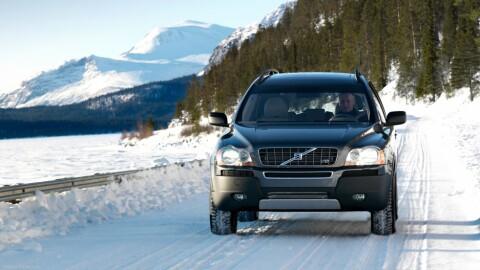 Mange familier anser Volvo XC90 som den perfekte familie- og vinterbilen. Og folkens, vinteren er (dessverre) ikke såååå langt unna ...