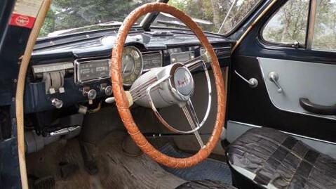 Bilen har klart seg bra i alle disse årene, men forsetene trenger litt jobb. Foto: Craiglist