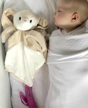 3ed26c25 Mamma satte teen i halsen da hun så hvordan pappa fikk babyen i søvn