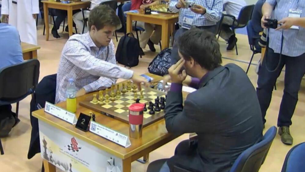 VERDENSMESTER: Magnus Carlsen er regjerende verdensmester i klassisk sjakk, hurtigsjakk, og lynsjakk - en bragd ingen har klart før han. Foto: Dubai WRB.