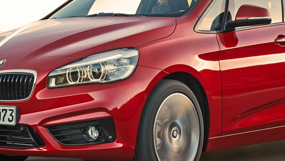BMW utvider modellutvalget sitt i alle retninger. Nå tilbyr de sjuseters flerbruksbil også, med 2-serie Gran Tourer.