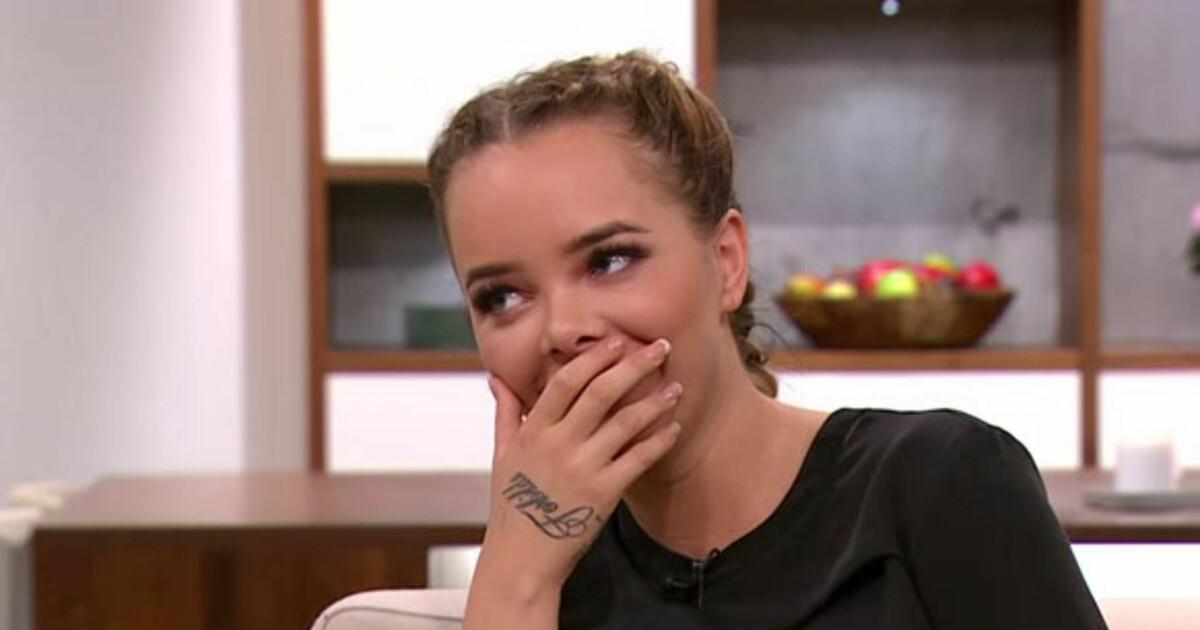 Elise overrasket video struds English