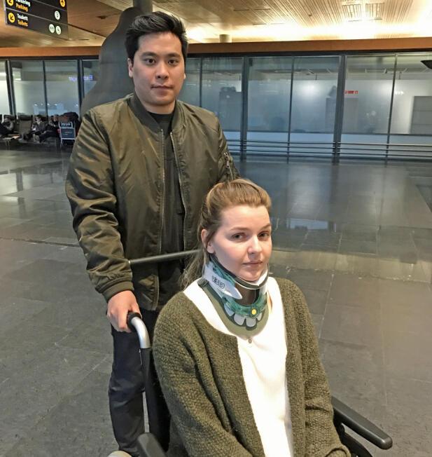 Hanne er helt avhengig av samboeren Huy i hverdagen. Han er med henne til leger i utlandet og støtter kjæresten i kampen for operasjon. Foto: Kjersti Johannessen/TV 2