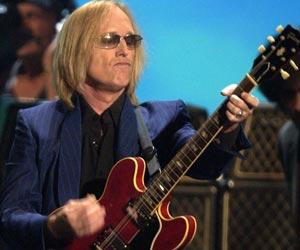 Tom Petty fikk en av kveldens aller gjeveste priser. (Foto: AP/SCANPIX)