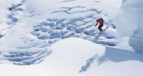 Tomod hopper ned på Vallée Blanche i Alpene. (Foto: Schenholm)