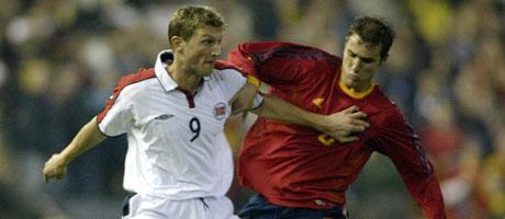 tore andre flo i landskamp mot spania em-playoff 2003. (Foto: Scanpix)