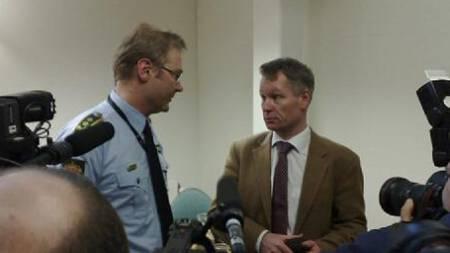 Fengslingsmøte i Asker og Bærum tingrett. politiadvokat Per Zimmer og advokat Peder Morset (Foto: Anders Lyche/TV 2 Nyhetene)