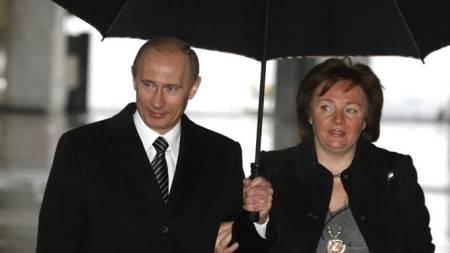President Vladimir Putin og kona Lyudmila.  (Foto: AP/SCANPIX)