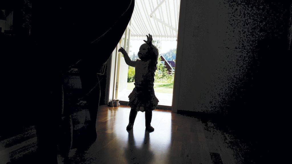 Riksadvokaten vil gjeoppta flere henlagte barnedødsfall.  (Foto: SCANPIX/)