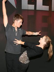 KONSENTRERT: - Vi skal fokusere 100 % på dansen, sier de to før semifinalen.  (Foto: K. V. Beylegaard )