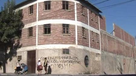 KVINNEFENGSEL: De tre norske kvinnene sitter i dette fengselet i Cochabamba i Bolivia. (Foto: Boris Hegel)