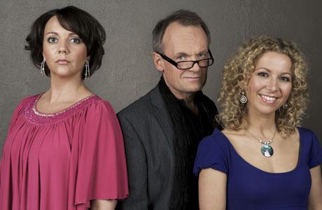 DRAMA: Det blir nok mye drama i den lille familien til Hove utover uken. (Foto: TV 2)