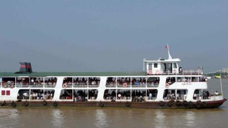 Burma-ferge (Foto: KHIN MAUNG WIN/Scanpix)