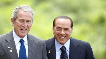 Bush og Berlusconi bestevenner? ( ©AFP PHOTO)