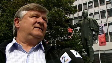VURDER AVGIFTSKUTT: Det er oppfordringen fra LOs forbundsleder Sture Arntsen. (Foto: TV 2)
