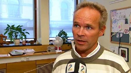 - TA ANSVAR: Høyres finanspolitiske talsmann Jan Tore Sanner mener regjeringen må ta ansvar for rentesituasjonen.  (Foto: TV 2)