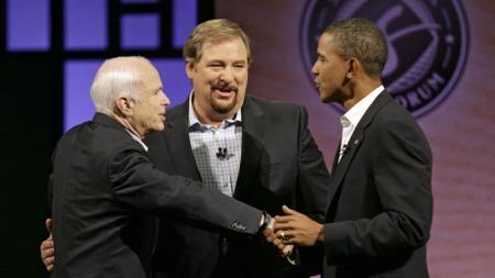 RIVALENE MØTTES: Lørdagens utspørring hos pastoren Rick Warren er første gang Barack Obama og John McCain står på samme scene i den amerikanske valgkampen.  (Foto: Reuters)