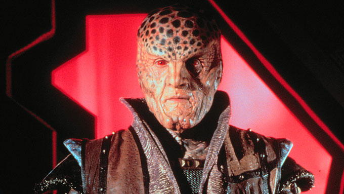 SCI-FI: Babylon 5 skal gå på Science Fiction-kanalen.  (Foto: TV 2)
