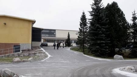 SKOLEMASAKRE: Skolen i Jokela i Finland. (Foto: MARJA AIRIO/AFP /  SCANPIX)