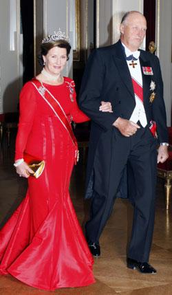 HOFFET: Knut Ivar Pelerud jobber til daglig som lakei for Dronning Sonja og Kong Harald.