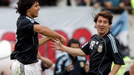 Aguero   Messi (Foto: STRINGER/ARGENTINA/REUTERS)