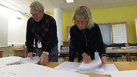 Jorunn Engebø og kollegene gjør sitt for at listene omsider kommer ut til publikum. (Foto: Frode Fimland/TV 2)