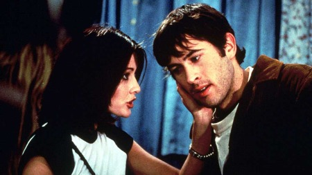 MALLRATS: Shannen Doherty og Jason Lee i Smith-filmen «Mallrats» fra 1995.
