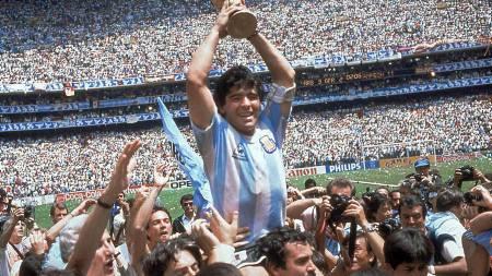 Diego Maradona  (Foto: CARLO FUMAGALLI/AP)