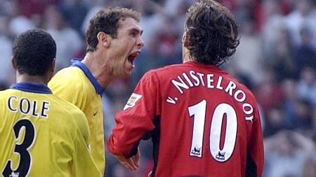 I KLINSJ: Martin Keown og Ruud van Nistelrooy i september 2003. (Foto: PAUL BARKER/AFP)