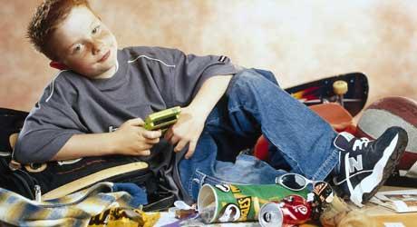 SLAPP AV: Denne gutten har skjønt det. Slapp av og kos deg med hva spill kan by deg på.