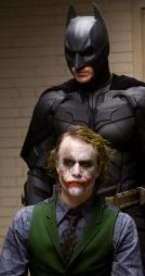 Heath Leadger og Christian Bale fra The Dark Knight  ( ©CL**NY** KR**FK** CL**NY**)