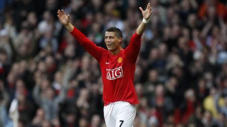 I LEKEHUMØR: Cristiano Ronaldo har vært forskjellen på Stoke   og Manchester United. (Foto: Jon Super/AP)