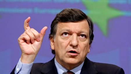 NYE TILTAK: President for EU-kommisjonen Jose Manuel Barroso kom onsdag med nye tiltak for å stimulerere den europeiske økonomien.  (Foto: YVES HERMAN/REUTERS / SCANPIX)