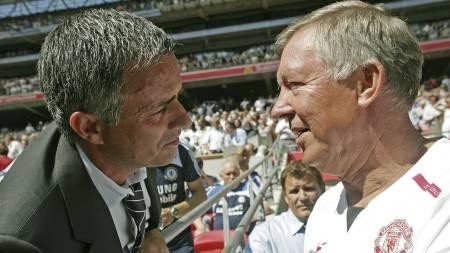 Jose Mourinho og Alex Ferguson (Foto: CARL DE SOUZA/AFP)