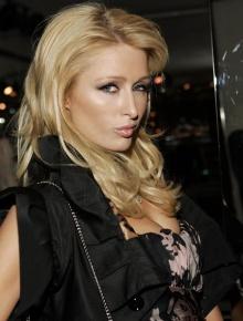 SELVSTENDIG: Paris Hilton er en bestemt kvinne.