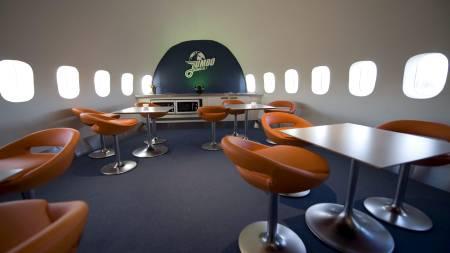 Spisesalen i verdens første vandrehjem i et fly.  (Foto: Fredrik Sandberg / SCANPIX/SCANPIX)