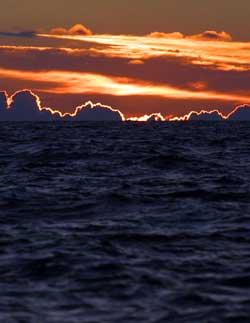 Nord-Norge kan glede seg over årets første solstråler! (Foto: Gorm Kallestad / SCANPIX)