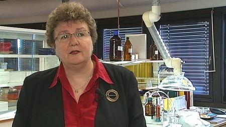 Gro Ramsten Wesenberg er direktør i Legemiddelverket. Hun advarer mot at injeksjoner av hormonet Melanotan kan føre til økt fare for hudkreft. (Foto: Stein R. Leite/Sverre Saabye, ©TV 2)