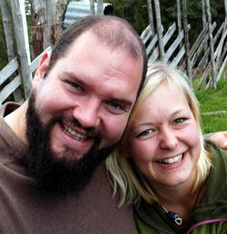 DUMPET: Astrid Elisabeth Langset Fosshaug stod i fjor igjen   som Ola Syltes førstevalg i «Jakten på kjærligheten» på TV 2. Men etter   TV-serien var over, så sluttet han å ta kontakt. Nå har hun likevel funnet   kjærligheten.