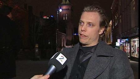 Anders Larsen-Haug sitter i rullestol og er sentralstyremedlem i Norges Handikapforbunds Ungdom.  (Foto: Glenn Aaseby/TV 2 )