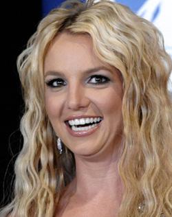 BLOND: Britney Spears