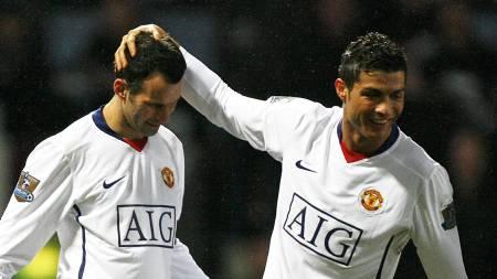 Ryan Giggs og Cristiano Ronaldo  (Foto: GLYN KIRK/AFP)