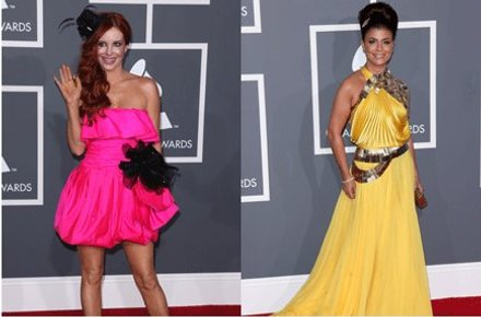 KNÆSJ: Phoebe Price var godt synlig i denne rosa kjolen, og Paula Abdul hadde valgt en fotsid gul kjole.