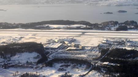 Bergen Lufthavn Flesland stengte etter torsdag på grunn av store snømengder. (Arkiv) (Foto: Hommedal .Marit/SCANPIX)