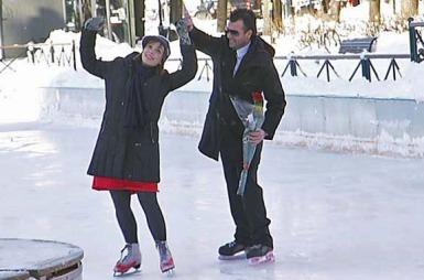 Hvordan går det når en God morgen Norge-reporter kjøper seg en valentinesdate?  (Foto: TV 2 )
