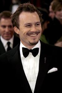 DØD: Hetah ledger fikk Oscar for sin innsats som Jokeren i «The Dark Knight». Hans familie mottok prisen på hans vegne.