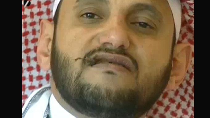 Majed al-Maliki satte 22 skorpioner til livs. (Foto: Faksemile/Youtube, ©Faksemile/Youtube)