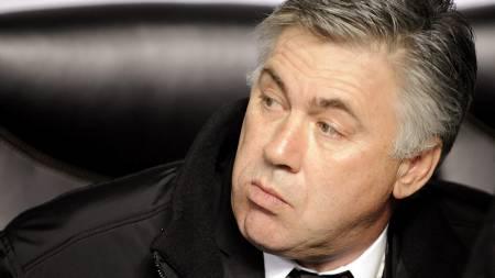 carlo ancelotti  (Foto: DAMIEN MEYER/AFP)